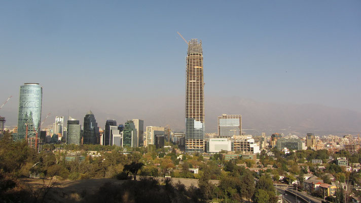 Der Torre Gran Costanera im Bau. Dieses Gebäude wird bald das höchste des Landes sein.
