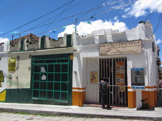 Kiosk (Tienda) in unserer Nachbarschaft.