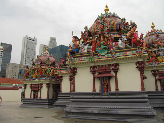 Sri Mariamman Temple. (Chinatown)