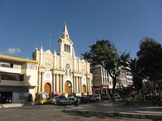 Die Kathedrale neben dam Plaza Central.