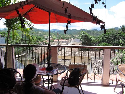 Frühstück im Hotel Guancascos.
