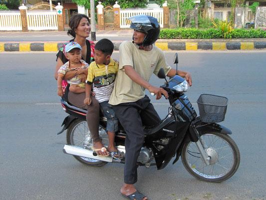 Motoroller in Normalbesetzung.