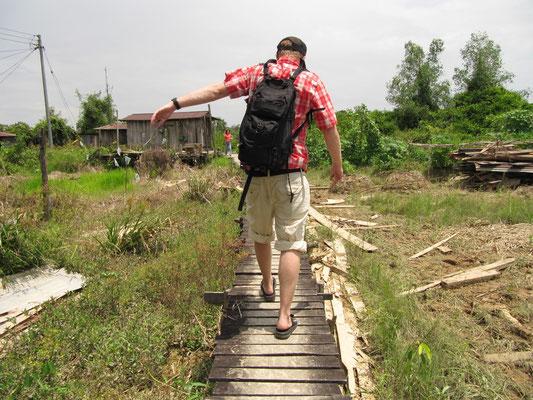 Auf dem Weg in den bewohnten Dschungel.