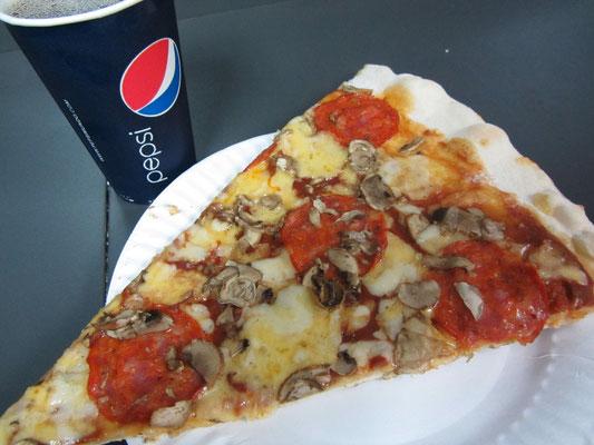 Oizza & Pepsi.