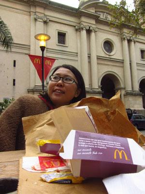 Die Verzweiflung muss groß sein, wenn McDonald's zur ersten Wahl wird. Geschmeckt hat's trotzdem.