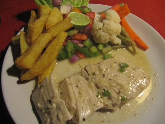 Fisch, Pommes Fritzens & Gemüse a la Western Style.