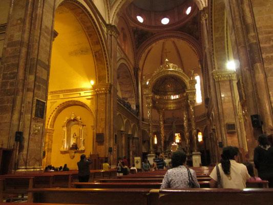 In der neuen Kathedrale.