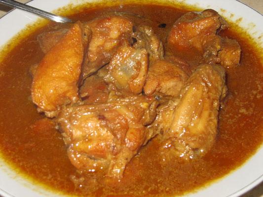 Süßes Hühnchen-Curry mit Zimt.