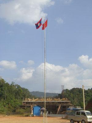 Chinesisch-laotischer Grenzübergang.