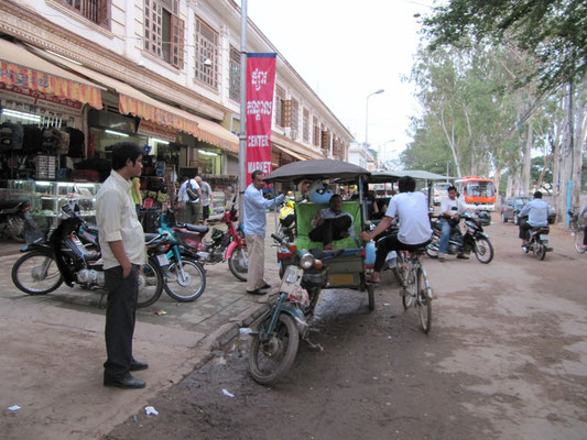 Jedes Motorrad und Tuc-Tuc ist ein Taxi.