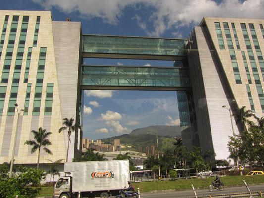 Blick aus der Metro in die Zukunft von Medellin.
