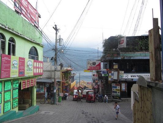 Die Straße zum Pana-Dock.