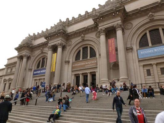 Das Metropolitan Museum of Art ist das größte Kunstmuseum der Vereinigten Staaten und besitzt eine der bedeutendsten kunsthistorischen Sammlungen der Welt.