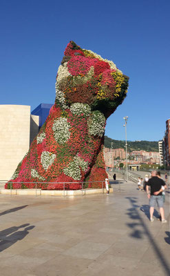 Puppy vor dem Guggenheim Museum Bilbao