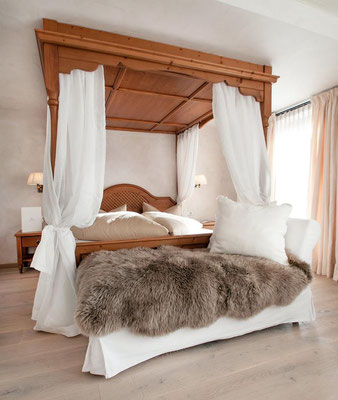 Lieferung und Verlegung von WEITZER PARKETT - Romantik Hotel Alpenblick Hippach im Zilertal
