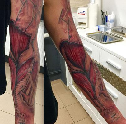 Tattoo Biomechanik