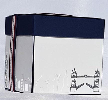 Das Papier/Cardstock ist von Stampin` Up!