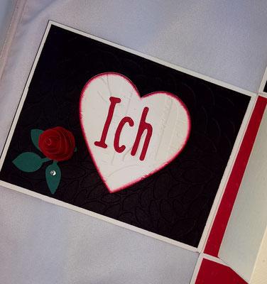 """Das """"Ich Liebe Dich"""" ist auf die 3 Deckelseiten verteilt worden"""