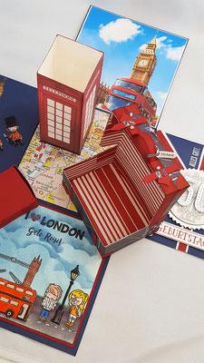 Im Koffer wird dann das Geld verschenkt. Hier wurden extra Euros in Englische Pfund gewechselt und in den Koffer gepackt.