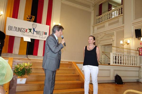 Direktor Karl Umschaden interviewt Projektleiterin Luisa Maria L`ldoro aus Udine