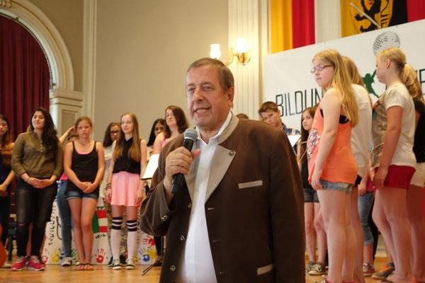 Dir. Herbert Eile spricht über länderübergreifende EU Schulprojekte