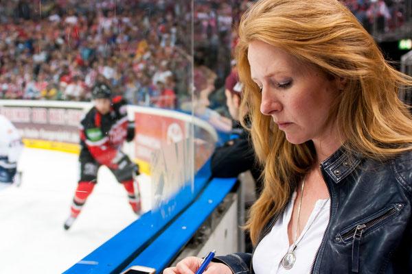 Janine Breuer-Kolo bei den Kölner Haien. Saisonstart 2015/16 PC: shivaseye