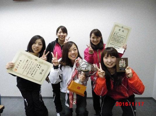 1部を優勝した女子ウィスタリアAチーム