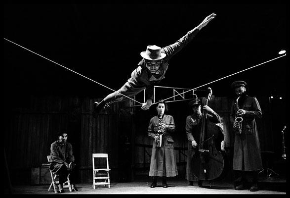 Cirque Mons 16 février 2001