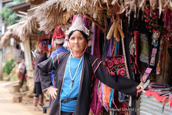 Die Akhas sind aus dem Tibet eingewandert