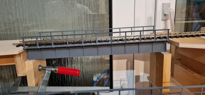 Ansicht 3 der Einbauphase für die hintere Brücke