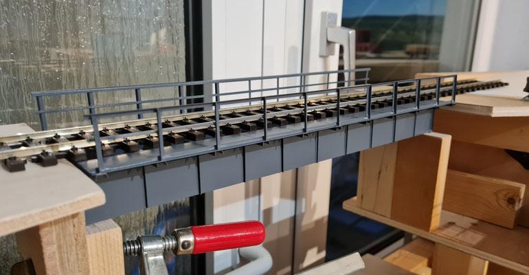 Ansicht 2 der Einbauphase für die hintere Brücke