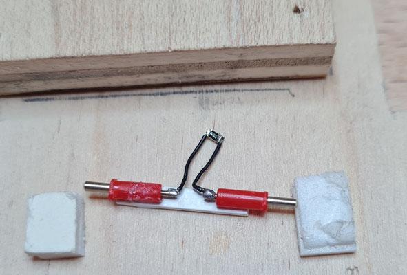 Montagehilfe für die Kugelkontakte