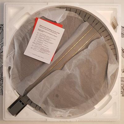 Styropor-Schutzdeckel entfernt