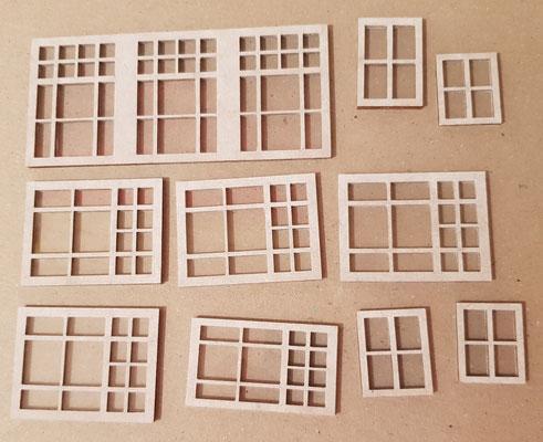 Die fertigen Fensterelementevor dem Einbau
