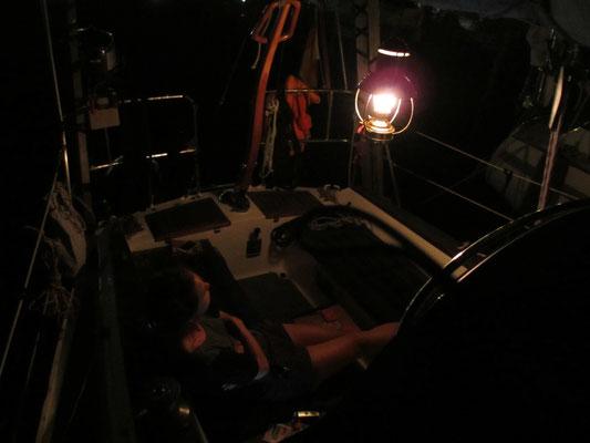 das Cockpit bei Nacht
