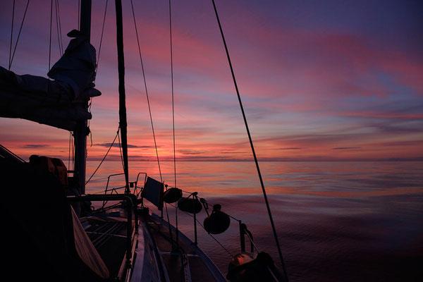 Sonnenuntergang,  null Wind, null Welle