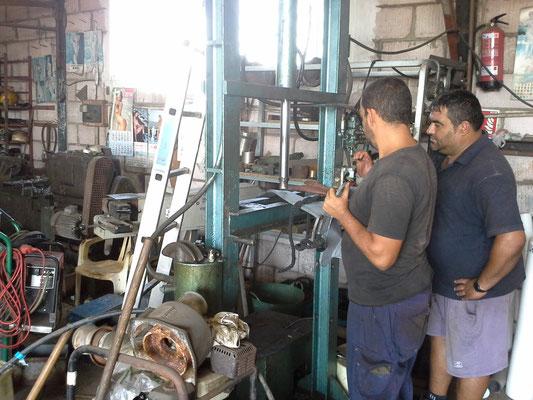 Pablo und Manolo am Werk
