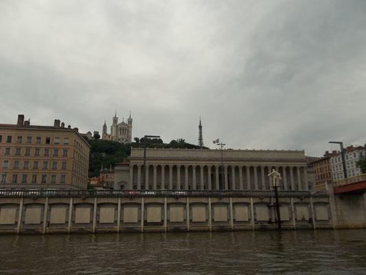 und plötzlich : Lyon