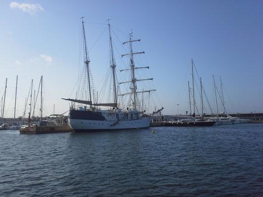Hafeneinfahrt Valencia