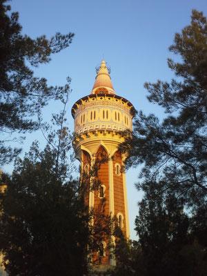 Torre de les Aigües de la Barceloneta (sehr cooles Viertel zum Weggehen)