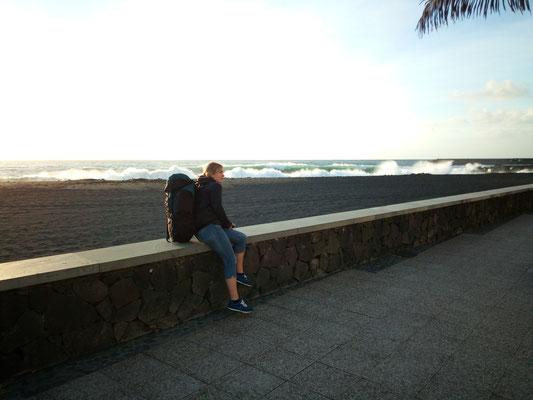 entlang der Marina