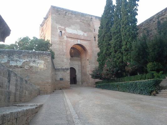 Südeingang der Alhambra