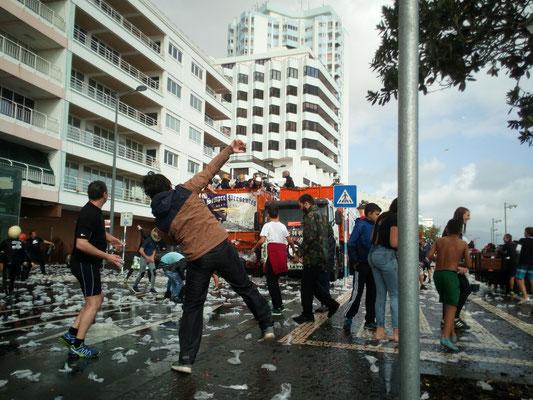 Carnaval = Wasserschlacht