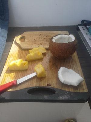 erstes Frühstück in kanarischen Gewässern