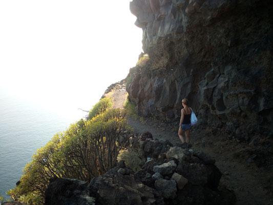 Wanderung direkt in der Steilküste