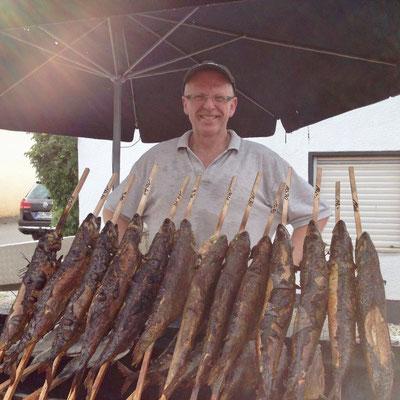 Steckerfische auf Fest