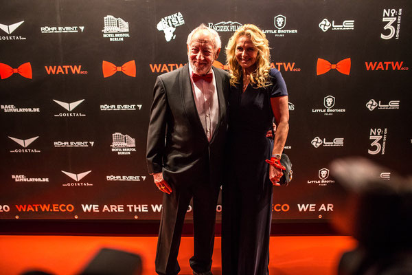 WE ARE THE WORLD Gala 2020 // Photo by Gabriel Bulacio // Sponsored by Donatella Whisky // Dieter Hallervorden