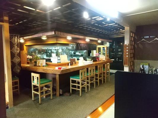 居酒屋、花巻駅前およれんせ、店内