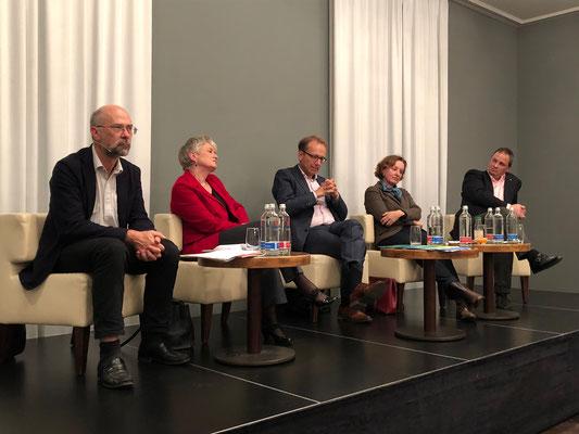 Podum in Winterthur zur Selbstbestimmungsinitiative