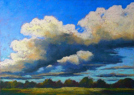 Wolkenhimmel in Pastell
